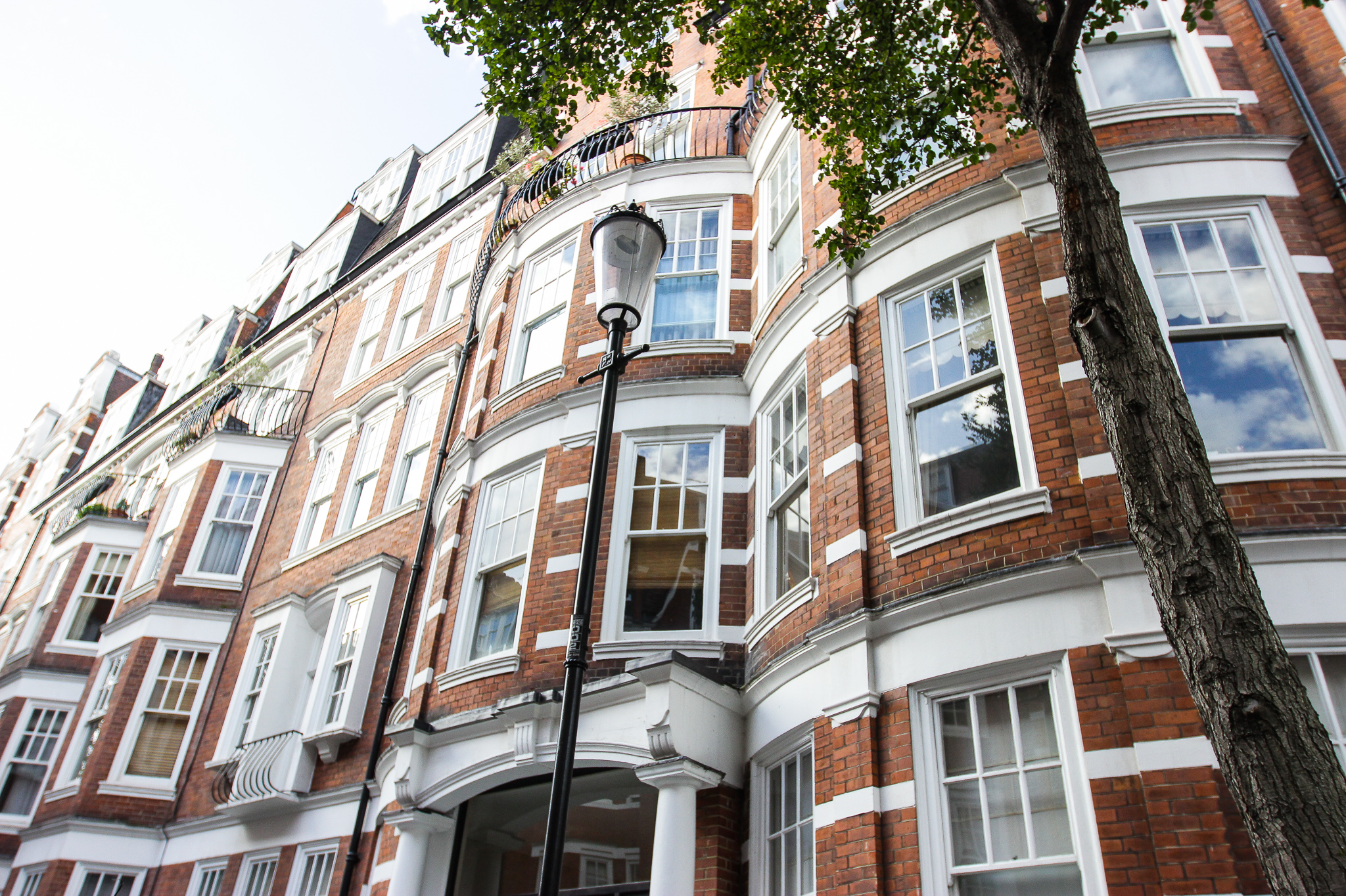 34 Sloane Court West, SW3