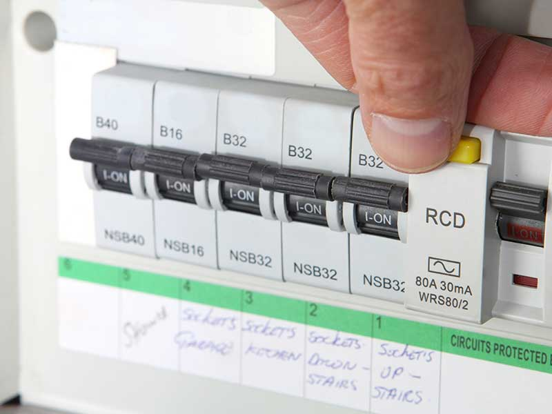 Elitenet carrying out electrical tests on consumer unit for a landlord in London.